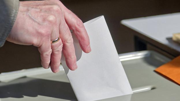Die bürgerlichen Parteien prüfen eine gemeinsame Liste für die Wahlen vom nächsten Frühling