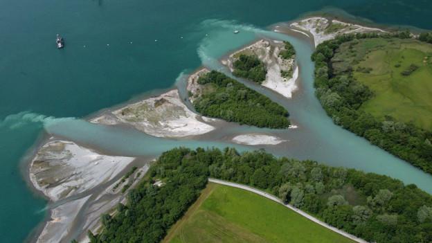 Luftbild des Urner Reussdeltas