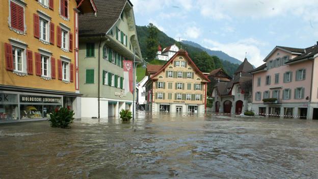 2005 stand Sarnen unter Wasser.