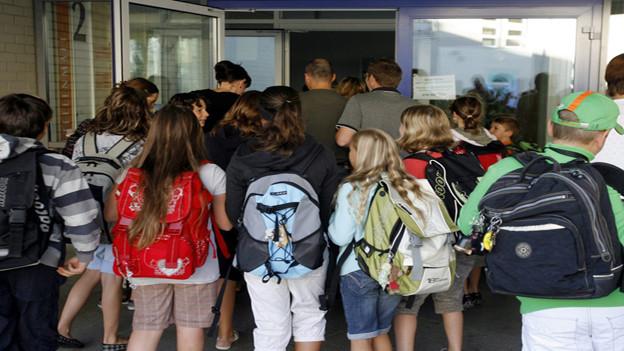 Luzerner Schüler könnten bald von Streiks ihrer Lehrer profitieren.