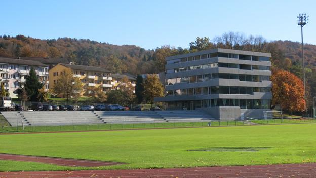 Das neue Gebäude der Pilatus Akademie am Rand der Luzerner Allmend.