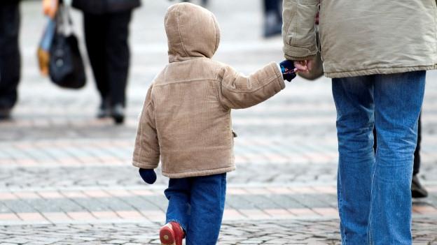 Die Umstellungen beim Kinderschutz bereiten Schwierigkeiten.