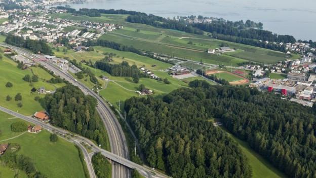 Der Autobahnanschluus Halten wird ohne Tunnel erschlossen.