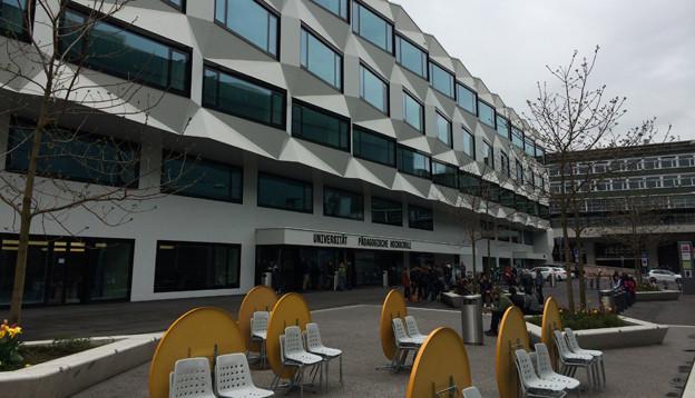 Das Hauptgebäude der Universität Luzern