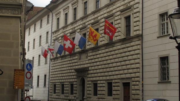 Kantonsrat verabschiedet Budget 2015
