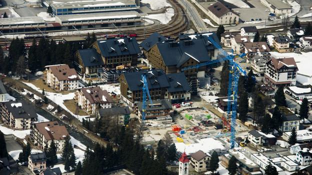 Die Baustelle des Luxusferienresorts in Andermatt.