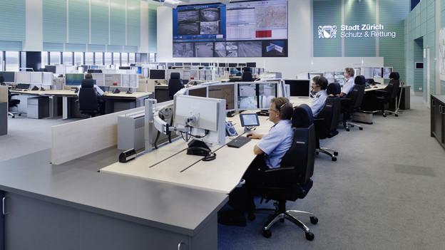 Die Einsatzleitzentrale von Schutz und Rettung in Kloten.