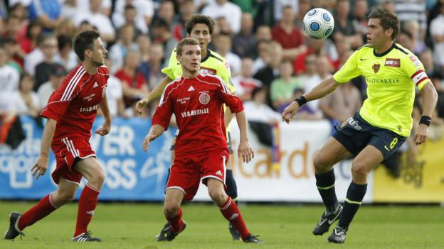 Der SC Cham spielte schon vor fünf Jahren gegen eine Super League Mannschaft im Zuger Herti Stadion - damals gegen den FC Basel.