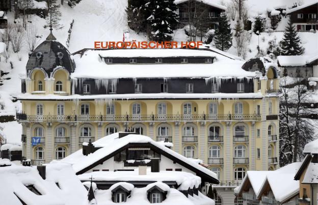 Der Euro-Absturz erschüttert den Tourismus.