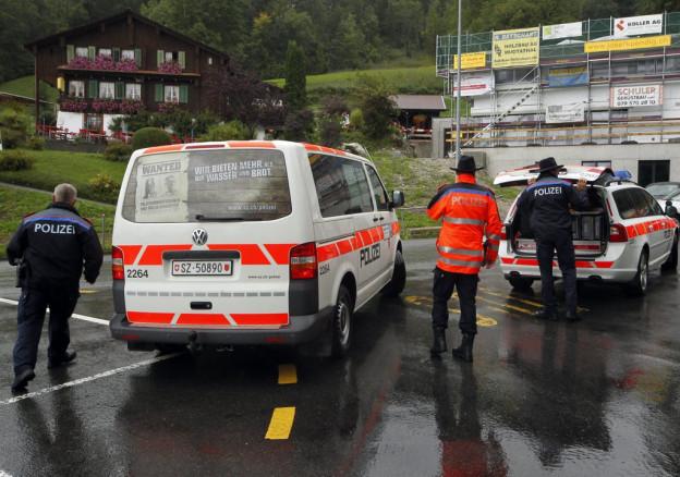 Bei einer Polizeikontrolle kam ein Einbrecher ums Leben.
