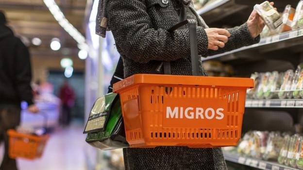 Die einzelnen Kundinnen und Kunden gaben im letzten Jahr pro Einkauf mehr Geld aus