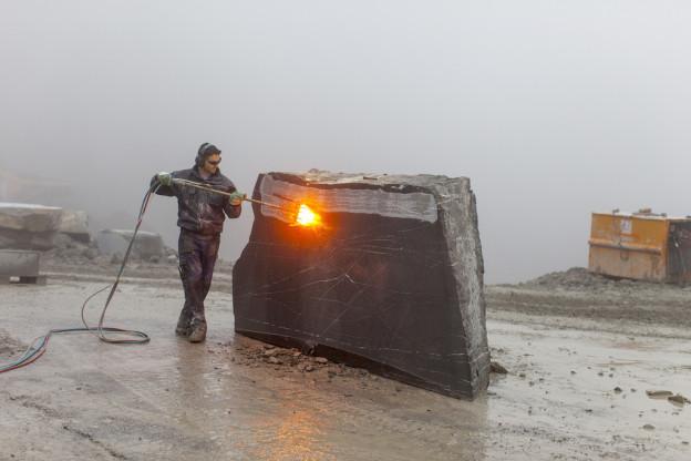 Grossauftrag für den Guber-Steinbruch