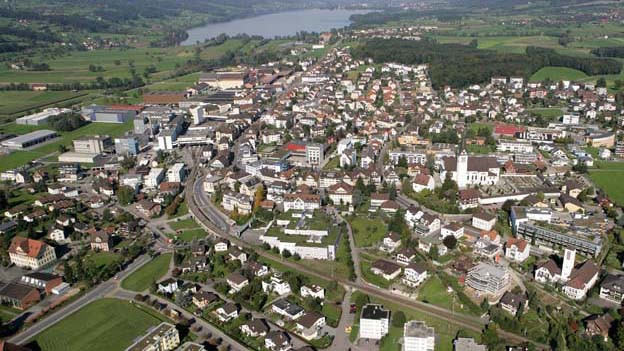 Luftaufnahme der Gemeinde Hochdorf.