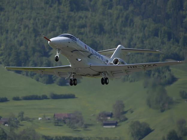 Der PC-24 zum ersten Mal in der Luft über Buochs.