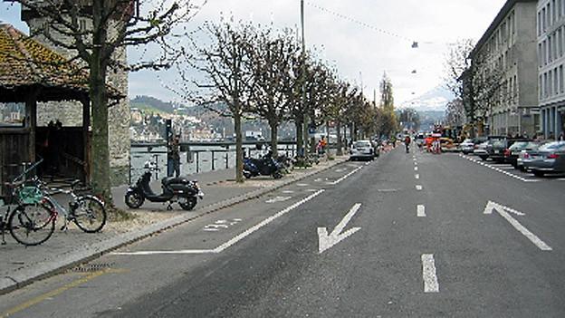 Die Bahnhofstrasse entlang der Reuss soll zur Promenade werden.