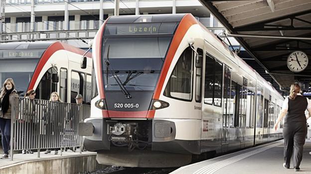 Auf der S-Bahn Strecke zwischen Luzern und Hochdorf (Bild) verkehren mehr Züge.