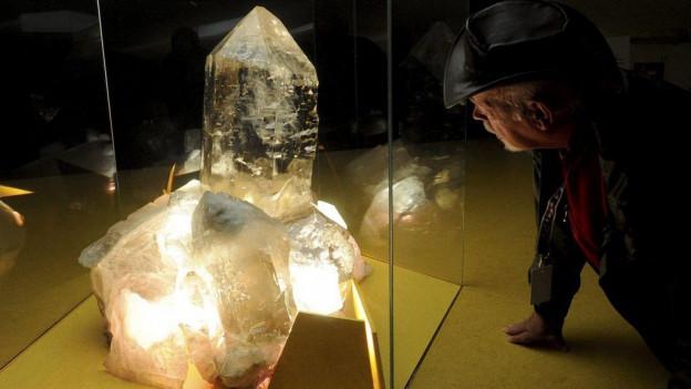 Riesige Bergkristalle sind unter anderem im Sasso San Gottardo zu sehen.