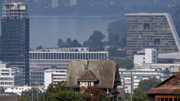Die Wirtschaftsförderung im Kanton Zug wird von linker Seite kritisiert.