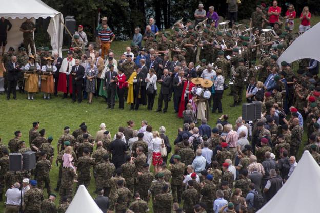 450 Personen versammelten sich auf dem Rütli.