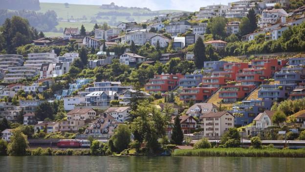 Die Kantone Schwyz, Zug und Luzern haben hohe Immobilienpreise.
