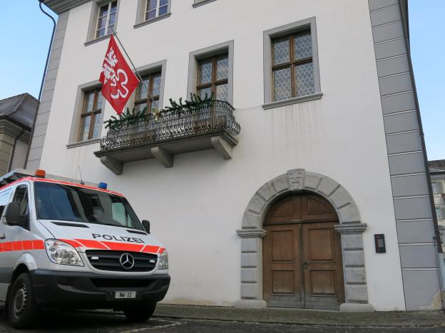 Die Nidwaldner Finanzströme werden im Rathaus kanalisiert.