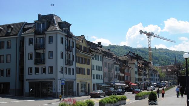Geht es nach den Initianten, dann soll es in 20 Jahren im Kanton Zug mehr preisgünstige Wohnung haben