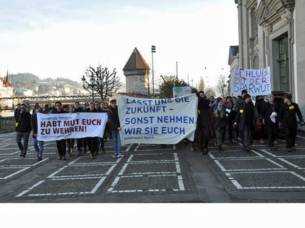 Der Kanton Luzern will weiter bei der Bildung sparen.