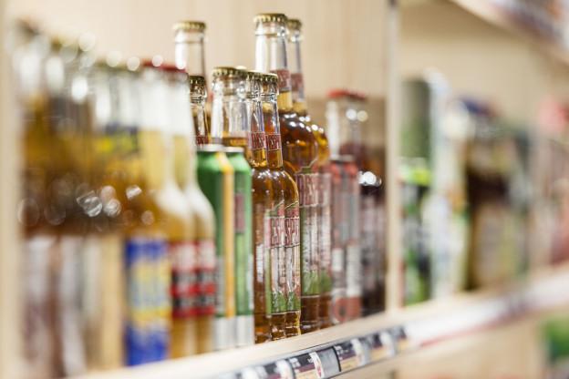 Jugendliche erhalten zu leicht Alkohol im Kanton Luzern.