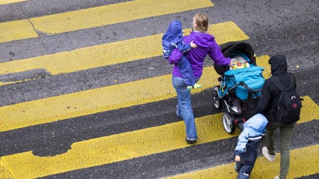 In der Stadt Luzern sollen Fussgängerstreifen sicherer werden.