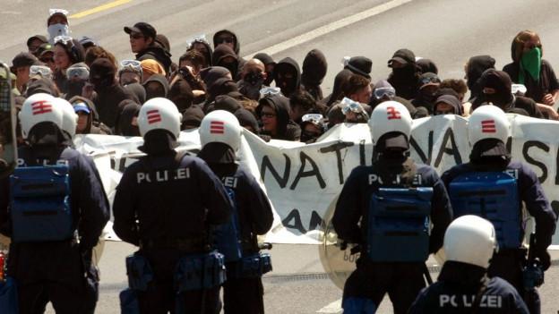 Bei Demonstrationen können Veranstalter und Randalierer neu zur Kasse gebeten werden.