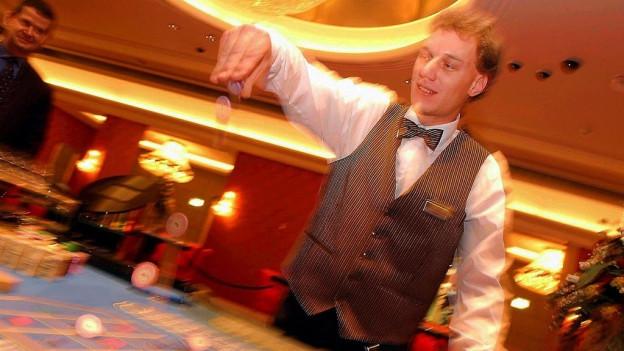 An Weihnachten, Ostern oder am Bettag soll man künftig im Casino spielen dürfen.