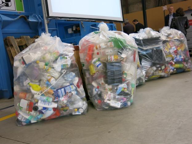 Plastik wird nicht getrennt gesammelt.