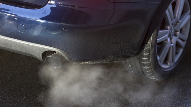 Wer eine Abgasschleuder fährt, soll mehr Steuern bezahlen.