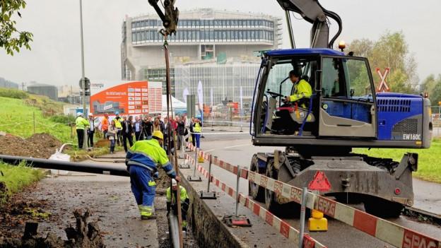 Eine neue Transportleitung soll Fernwärme von Perlen nach Emmen liefern