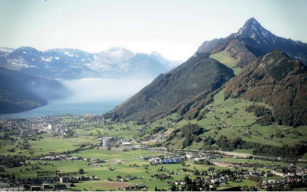 Der Turm ist im Talkessel von Schwyz geplant.