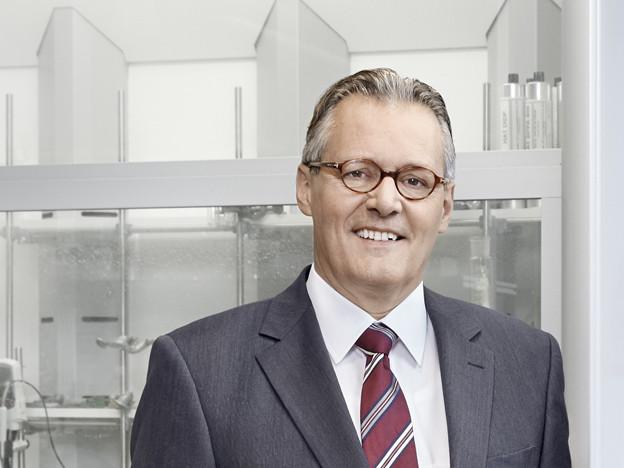 Sika-Verwaltungsratspräsident Paul Hälg und CEO Jan Jenisch präsentierten die Geschäftszahlen