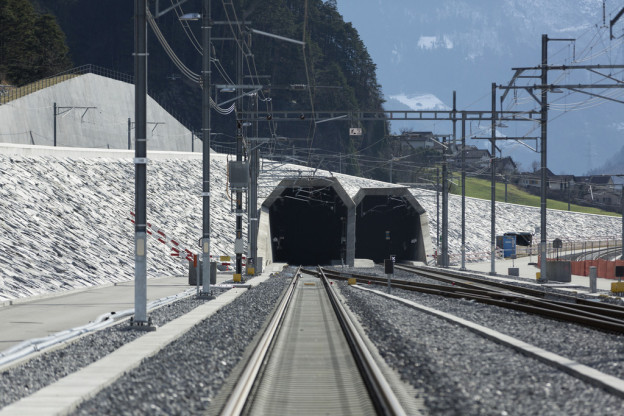 Im Gotthard-Basistunnel wurde ein Zug evakuiert.