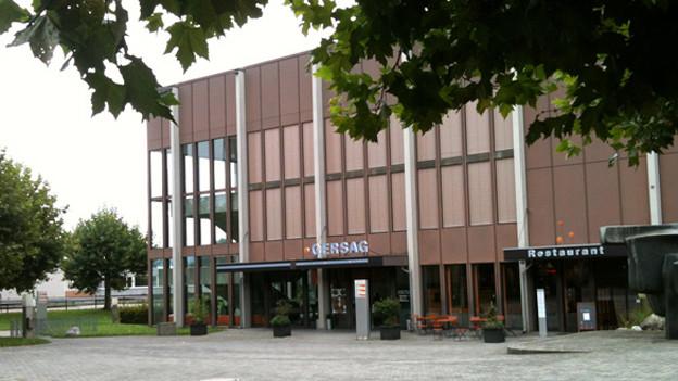 Emmen (im Bild das Gemeindehaus) darf eigenes Land nur noch im Baurecht abgeben.