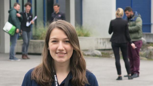 Der Dachverband Schweizer Jugendparlamente hält am Wochenende die Delegiertenversammlung in Luzern ab. In der Aula der Kantonsschule Alpenquai haben 150 Jugendliche aus 32 Jugendparlamenten der ganzen Schweiz zusammengefunden. Sie diskutieren auch, ob es ein nationales Jugendparlament braucht.
