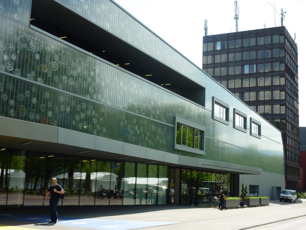 Der Büroturm des Verkehrshauses wird umgenutzt.