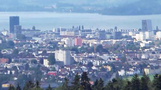 Blick auf Stadt Zug.