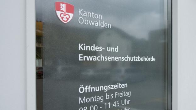 Eingang der KESB Obwalden.