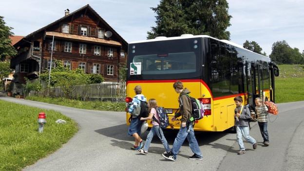 Die Thepra AG bedient auch die Linie St. Jakob-Mueterschwandenberg in Ennetmoos