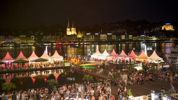 Während neun Tagen wird das Luzerner Seebecken zur Bühne.