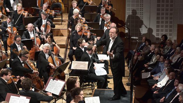 Ricardo Chailly bei seinem Einstand als Leiter des Lucerne Festival Orchestra.