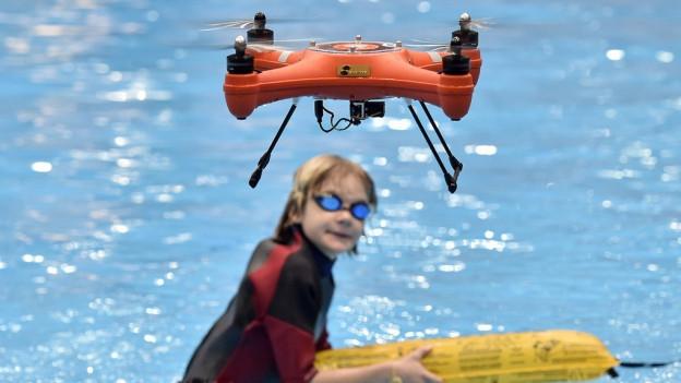 Was dürfen Drohnen filmen und was nicht ? Antworten von Datenschützer Reto Fanger.