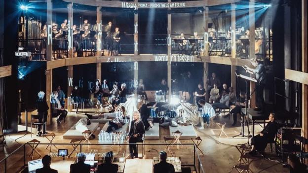 Der Theatersaal wurde eigens für das neue Stück umgebaut.