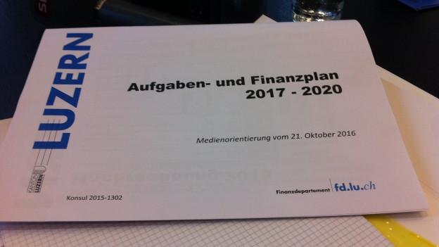 Die Luzerner Regierung hat den Finanzplan präsentiert.
