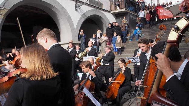 Musiker und Publikum