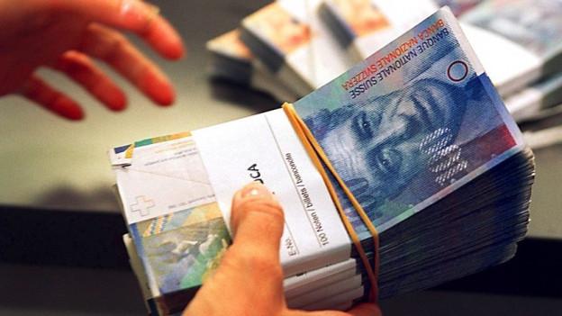 Ein Bündel Geldnoten.
